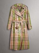 BURBERRY Laminated Check Trench Coat Fluorescent yellow ~ shiny checked coats