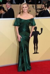 Reese Witherspoon on the red carpet, wears a green off the shoulder gown, at the Screen Actors Guild Awards on 21 January 2018, in Los Angeles – celebrity events – SAG