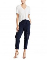 Polo Ralph Lauren Twill Cargo Jogger / navy blue joggers / casual trousers