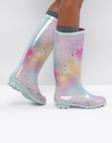 ASOS GLAMOUR Co-ord Pastel Spray Paint Wellies – pretty wellington boots – pastels – festival fashion
