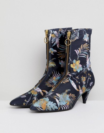 Gestuz Palm Print Fabric Sock Boots / black floral ankle boot