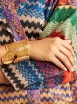 OSCAR DE LA RENTA Foliage Gold-Tone Bracelet ~ sculptural statement cuffs