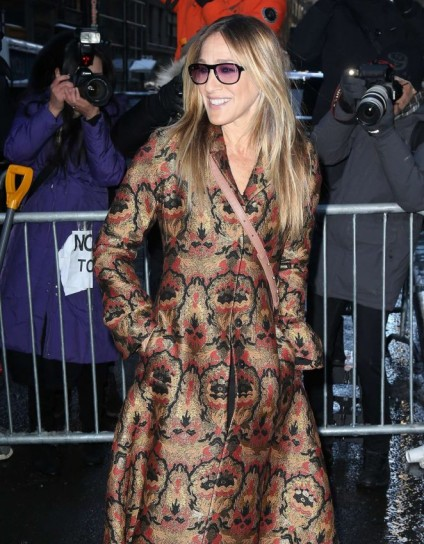 SJP arriving at the Calvin Klein Collection Show 2017 wearing a floral jacquard fit and flare coat