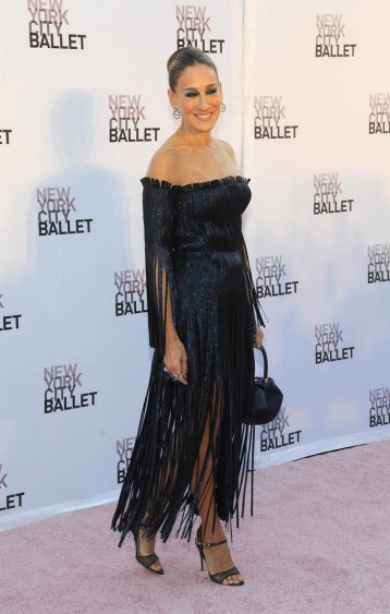 Sarah Jessica Parker in a shimmering fringed off the shoulder dress attending the NYC Ballet's Fall Fashion Gala in September 2017