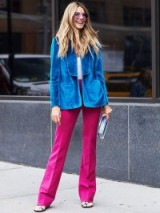 This purple and blue outfit looks fab! – gorgeous street style looks