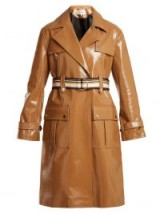 DIANE VON FURSTENBERG Contrast-belt vinyl trench coat ~ shiny caramel-brown coats