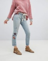 Maison Scotch Slim Tapered Fit Jeans With Embroidery | faded denim