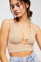 FREE PEOPLE – Intimately Strapped & Scoop Brami. NUDE PLUNGE CROP TOP