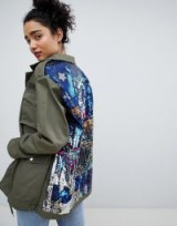 Bershka sequined cargo jacket in khaki – green embellished jackets