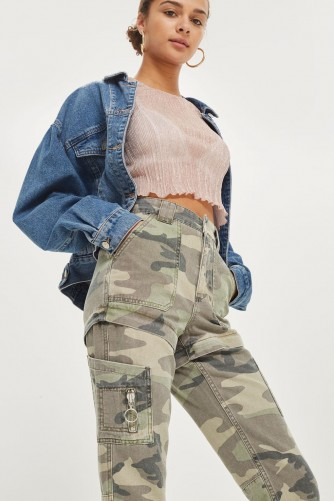 TOPSHOP Convertible Camouflage Trousers / camo print pants/shorts