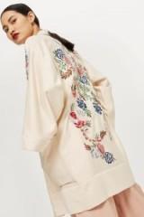 TOPSHOP Ivory Embroidered Kimono / floral kimonos