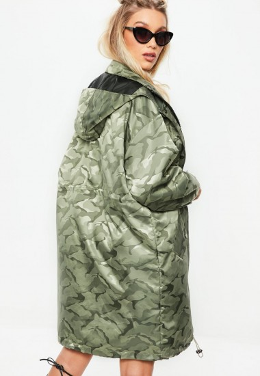 MISSGUIDED khaki jacquard camo parka jacket / green printed jackets