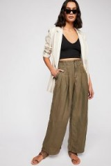 Orion Utility Trouser in Army | green front pleated trousers