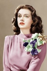 Beautiful Hedy Lamarr ~ glamorous actresses ~ vintage Hollywood glamour