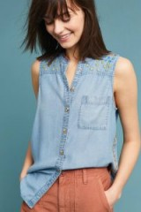 ANTHROPOLOGIE – Maeve Barton Sleeveless Chambray Buttondown Shirt ~ embroidered lightweight denim