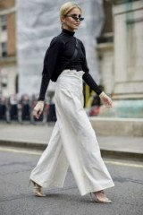 Chic monochrome outfits – street style