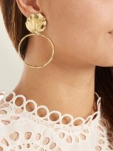 ELISE TSIKIS Thebes gold-plated shell hoop earrings