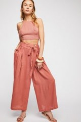 Free People Zorina Trouser in Rosy Coral | pretty pink summer pants