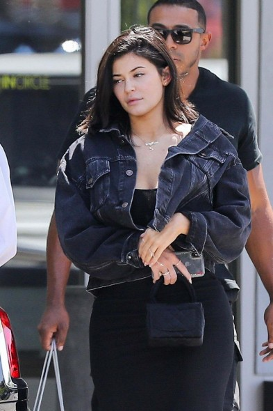Kylie Jenner black denim Jacket by Balenciaga, out in Calabasas, 23 June 2018 | celebrity street style