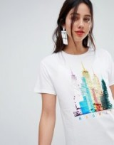 Stradivarius sequin skyline tee / shiny graphic t-shirts