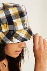 BDG Reversible Check Bucket Hat – yellow checked hats