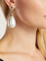 OSCAR DE LA RENTA Faux-pearl drop earrings ~ opulent style accessory