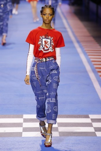 Model Londone Myers at Tommy Hilfiger – beautiful women - flipped
