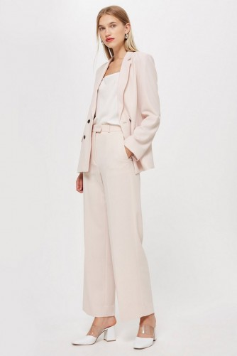 Topshop Blush Slouch Suit – pale pink trouser suits
