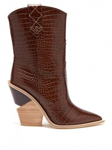 FENDI Cutout-heel brown crocodile-embossed leather ankle boots / western style animal print boot