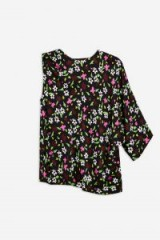 Boutique Ditsy Print Kimono Top / floral one sleeve