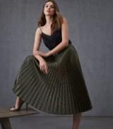 REISS EVIE CHEVRON PLEATED SKIRT DARK GREEN ~ metallic pattern