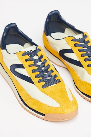 Tretorn Rawlins Retro Trainer in Yellow / vintage inspired sneakers