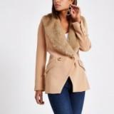 RIVER ISLAND Beige faux fur trim double breasted jacket – detachable collar – chic blazer