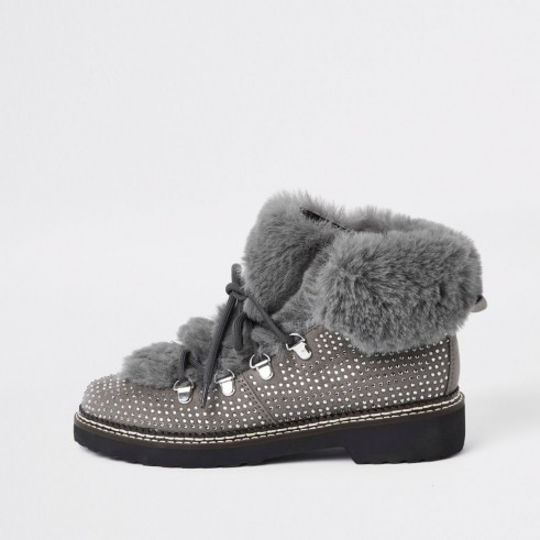 RIVER ISLAND Grey check faux fur tri boots – fluffy stud embellished boot