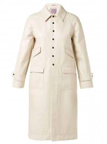 ALEXACHUNG Heart-appliquéd cream PVC chesterfield coat - flipped