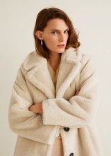 Mango Lapels faux fur coat in Light/Pastel Grey – 70s glamour – neutral teddy