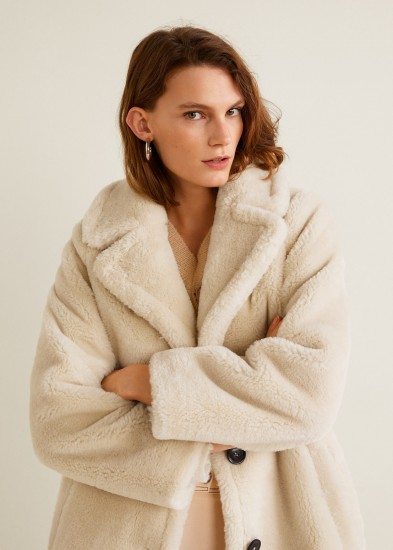Mango Lapels faux fur coat in Light/Pastel Grey – 70s glamour – neutral teddy
