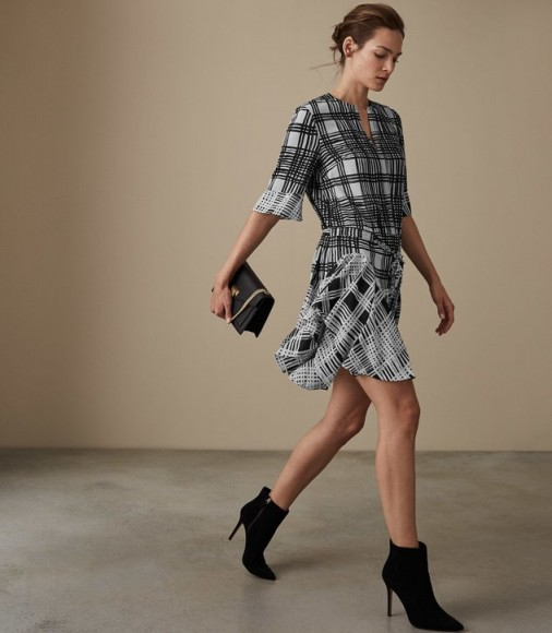 Reiss LARS CHECK PRINT SHIFT DRESS MONOCHROME / mixed checks