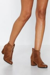 NASTY GAL Shine On You Bootie in camel – brown zip up ankle boots