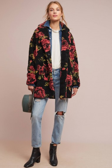 If By SeaWinter Roses Coat Black Motif / floral teddy style
