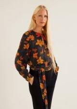 MANGO Floral print blouse – PANTHERA | 70s colours/prints