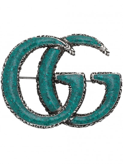 GUCCI Enameled Double G brooch – designer logo jewellery