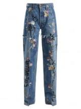 VETEMENTS Sticker mid-rise straight-leg jeans ~ frayed denim