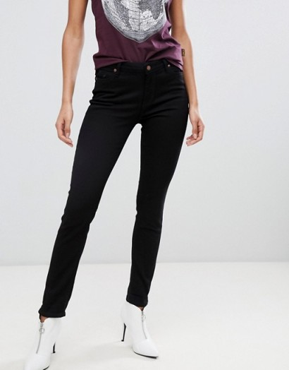 Vivienne Westwood Anglomania Mid Rise Super Skinny Jeans With Pocket Detail in Black