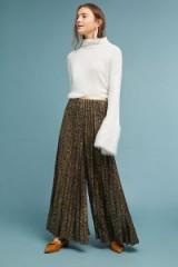 Geisha Warna Metallic-Pleated Trousers Black ~ shimmering wide leg pants