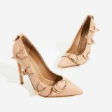 EGO Aleko Buckle Detail Court Heel In Nude Patent – sassy party courts
