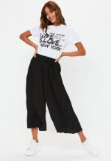 Missguided black pleated culottes | cropped wide leg pants
