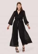 Closet GOLD Black Puff Sleeve Plisse Jumpsuit – floaty metallic party wear