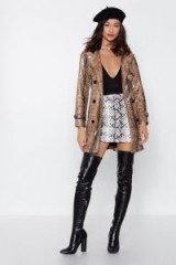 NASTY GAL I Got Hiss Snake Trench Coat in beige – short belted trench