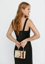 MANGO Metal coffer bag in gold – PICNIC | metallic box bags
